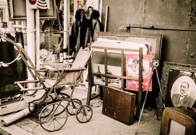 flea-market-1262035_1280